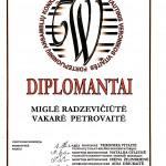 Diplomantės Miglė Radzevičiūtė ir Vakarė Petrovaitė